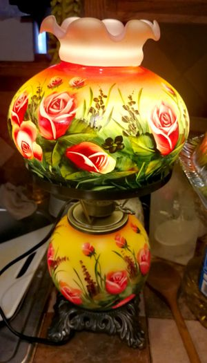Vintage Antique Old Lamp (Very Pretty) for Sale in Santa Fe Springs, CA