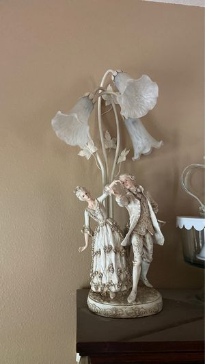 Antique Table Lamp for Sale in Fontana, CA