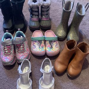 GIRLS SHOES FOR SALE SZ 11/12 for Sale in Hacienda Heights, CA