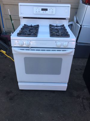 Stove gas brand GE everything is good working condition 90 days warranty for Sale in San Leandro, CA