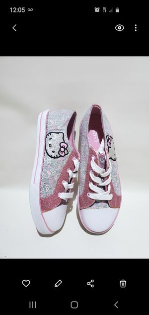 Sanrio Hello Kitty Shoes Size 4 for Sale in Los Angeles, CA