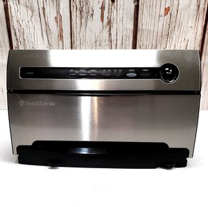 Nice High-End Foodsaver Model V3825 Vacuum Pack Base Unit for Sale in Roseville, CA