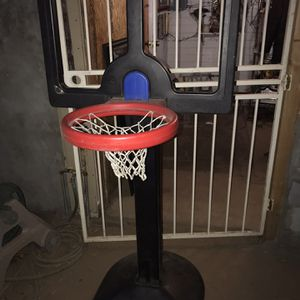 Expandable Basketball Hoop for Sale in Phoenix, AZ