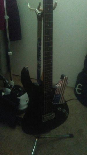 Electric guitar for Sale in Brentwood, TN