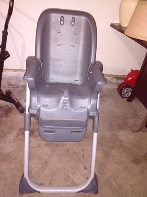High chair for Sale in Kent, WA