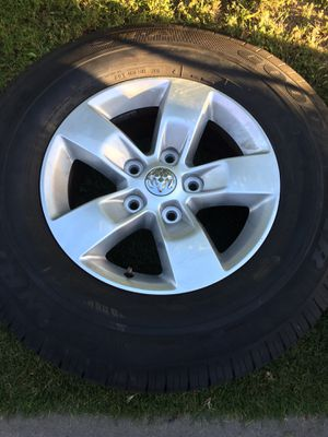 Dodge Ram wheels set of 4 need new tires. for Sale in Long Beach, CA