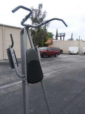 Fitness gear pullup dip bar for Sale in Tampa, FL