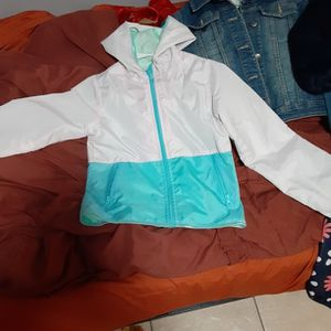 GIRL KID CLOTHES FAIRLY NEW & CLEAN for Sale in Brooklyn, NY