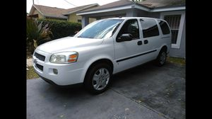 2008 UPGRADED CHEVY UPLANDER for Sale in Miami, FL