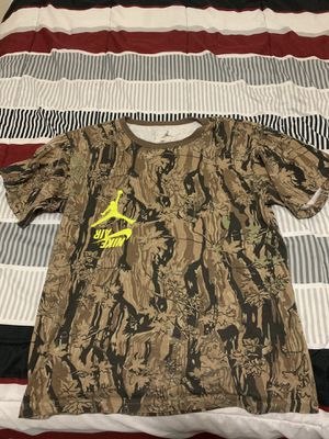 Travis Scott x Nike Shirt Medium for Sale in Glendale, AZ