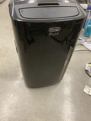 De'Longhi Pinguino Air Conditioner/Heater/Fan for Sale in Bakersfield, CA