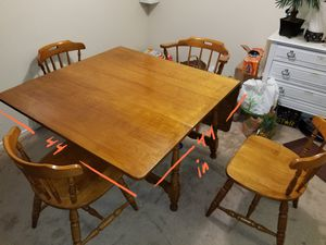 Dining Table and 6 Chairs for Sale in San Leandro, CA
