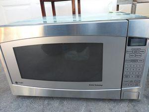 Microwave. 1200 watts. $50 for Sale in Las Vegas, NV