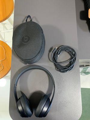 Beats solo Wireless -3 for Sale in Miami, FL