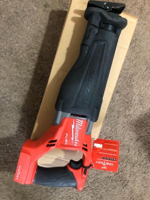 Milwaukee New SAW ZALL ONE KEY (Bluetooth) M18 Fuel/Brushless (2722-20) .BRAND NEW!!! Nuevo for Sale in Los Angeles, CA