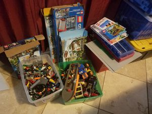 Huge lego collection. Including mixed in 80s for Sale in Crosby, TX