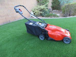 Black & Decker Electric Lawn Mower for Sale in Scottsdale, AZ