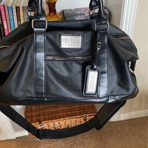 Lifetime Fitness Duffle Bag for Sale in Houston, TX