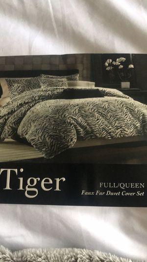 Tiger fur comforter set queen duvet for Sale in Wildwood, MO