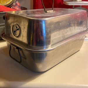Roasting Pan With Handles & Lifter | Roaster for Sale in Los Angeles, CA