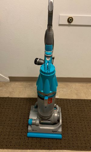 Vacuum dyson for Sale in Kent, WA