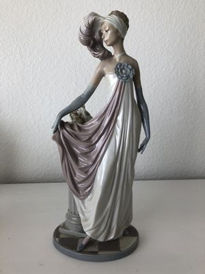 Lladro #5283 Figurine Dama Charleston Socialite Matte Finish 1920s Daisa 1985 for Sale in Henderson, CO