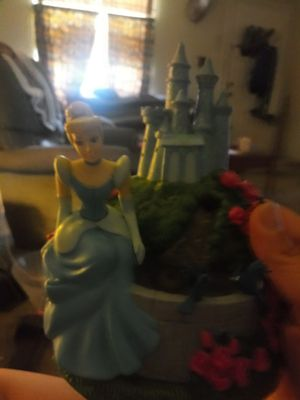 Cinderella water fountain for Sale in Lakeland, FL