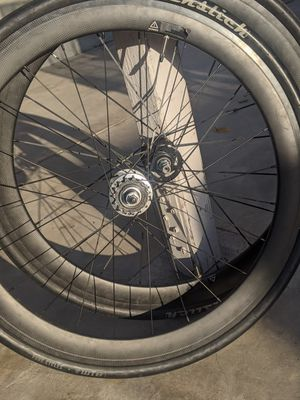 Carbon 60mm wheelset for Sale in Long Beach, CA