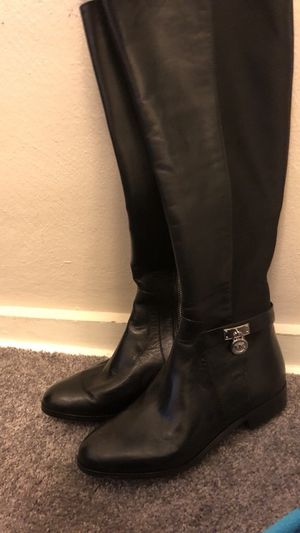 Michael kors size 6 for Sale in Pittsburgh, PA