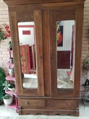Antique Armoire for Sale in New Orleans, LA