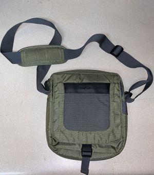 Eagle Creek Green Crossbody Messenger Bag Unisex Travel Medium Wanderer Gift for Sale in Colorado Springs, CO
