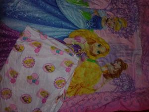 Girl's Comforter with Matching Shower Curtain for Sale in Beaumont, TX