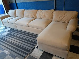 Gorgeous high end sectional couch for Sale in Renton, WA