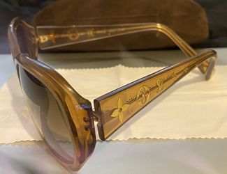 Louis Vuitton Sunglasses for Sale in Watertown,  MA