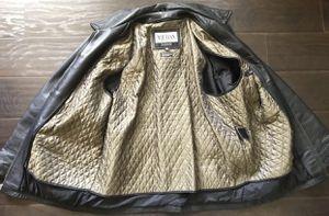 WILSONS Leather M. Julian Men's Jacket Large/L black color for Sale in Boiling Springs, SC
