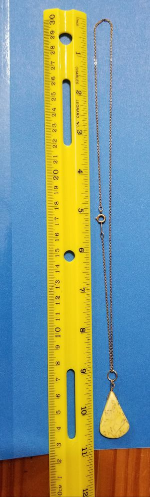Gold Chain w/Natural Gem Stone $20 Firm Price -chain is stamped AMCO 14K GO for Sale in Aurora, IL