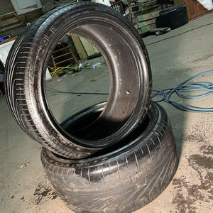 Good Year Eagle Set Of 2 Tires 285/35/20 for Sale in Aurora, IL