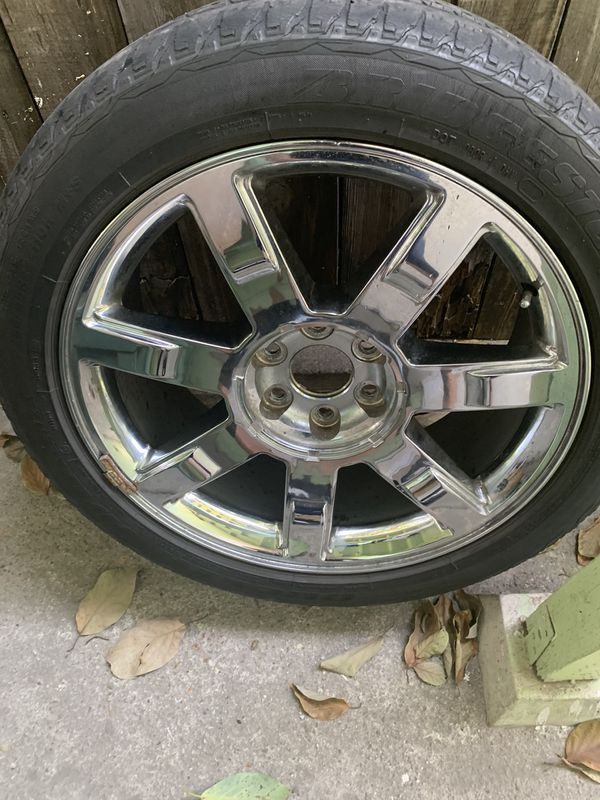 For my 22 escalade rims and good condition $575