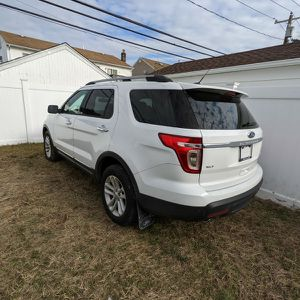 Ford Explorer 2014 for Sale in Hicksville, NY