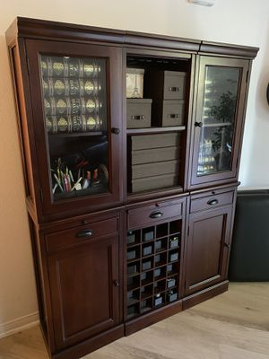 Cabinet 6 piece for Sale in Irvine, CA