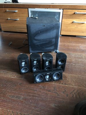 Klipsch 5.1 surround sound system for Sale in New York, NY