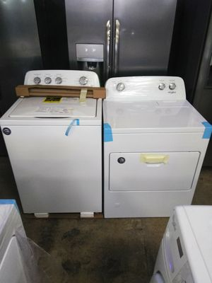 WHIRLPOOL WASHER AND GAS DRYER SET OPEN BOX ITEMS for Sale in Chino Hills, CA