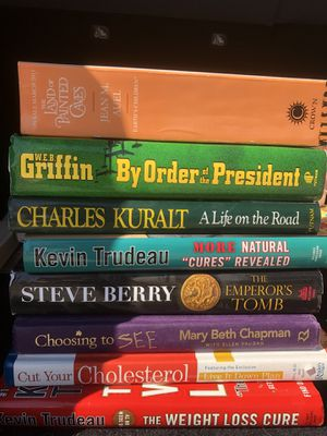 Book lot sale! Cookbooks, fiction, vintage and more! Only $10 for all of these books! Lot sale ! web griffin, Chapman, self help health books, Steve for Sale in Phoenix, AZ
