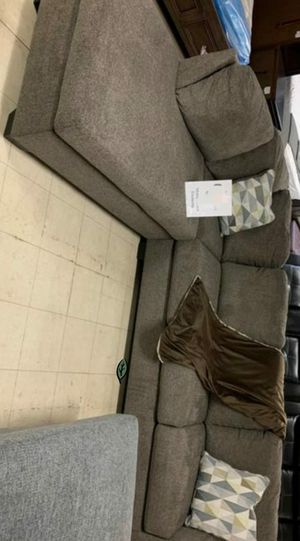 $39 Down Payment Best DEAL 🍾 SPECIAL] Dalhart Hickory RAF Sectional 50 for Sale in Jessup, MD