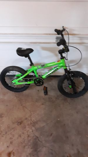 KIDS. BIKE LIKE NEW for Sale in Woodbridge, VA