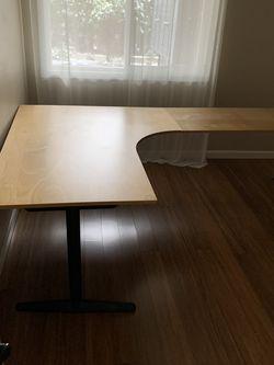 L Shaped Height Adjustable Desk for Sale in Kirkland,  WA