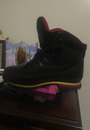 Timberland Boots new condition hardly worn for Sale in Los Angeles, CA