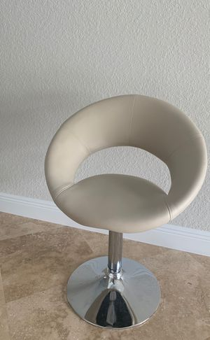 Chair for Sale in Southwest Ranches, FL