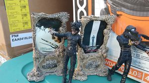Movie Maniacs toy figures Edward scissorhands and the crow for Sale in San Jose, CA