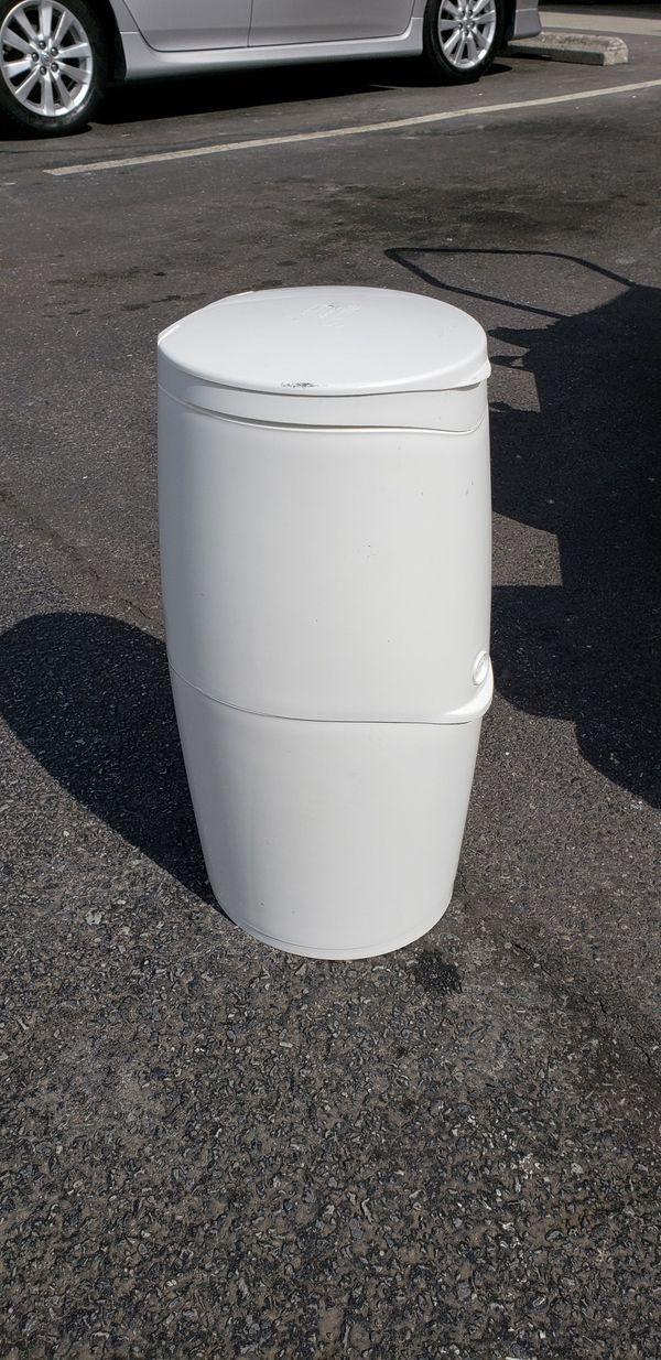 Dump | basurero para pampers